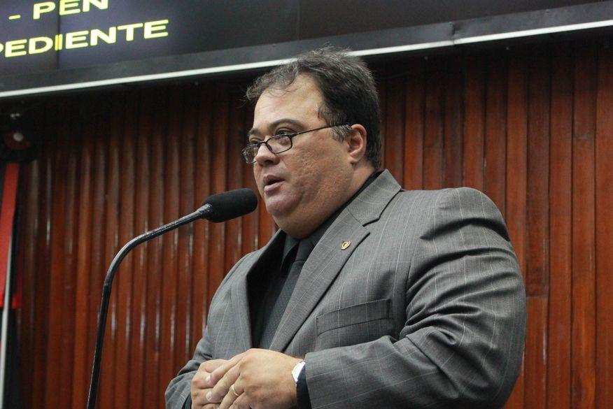 AUDIÊNCIA PÚBLICA   -  Aníbal diz que superfaturamento em obras da Lagoa supera os R$ 10 mi:
