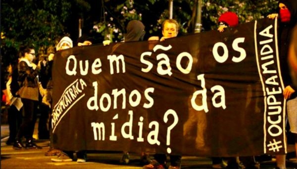 """Imprensa tem lado sim, e é questionada em sua """"independência"""" no Brasil de hoje"""