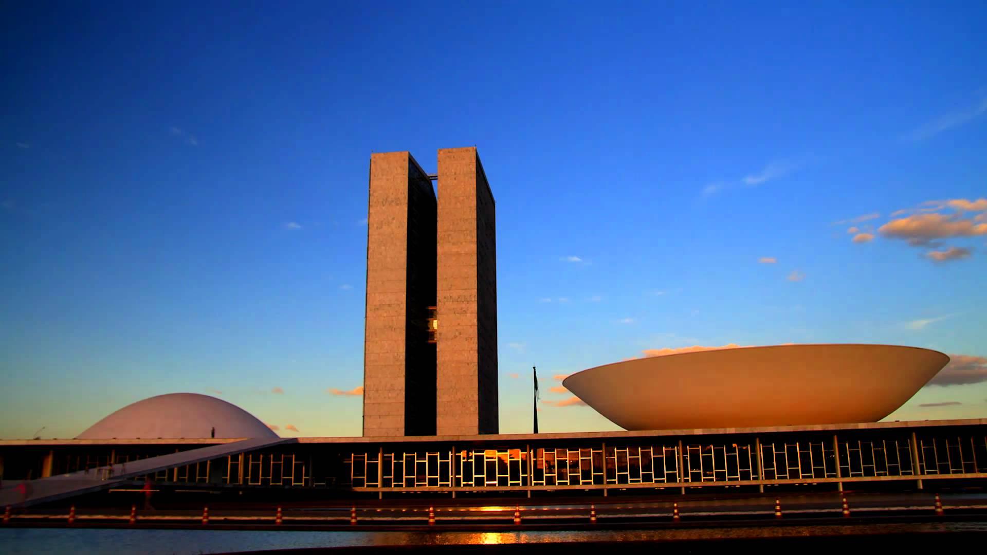 69% dos brasileiros apoiam fechamento do Congresso e novas eleições gerais, mostra pesquisa